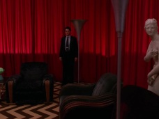 Twin-Peaks-Season-2-Episode-22-38-968e